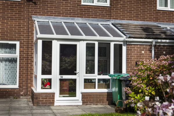 Teamwork Pays Off For Grand-Scale Porch Refit>